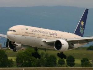 b777-Saudi-Airlines-Landing-HD-Wallpaper_TOP