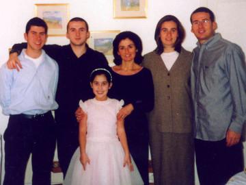 yoni family