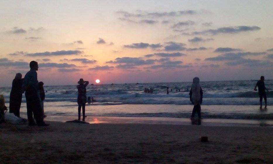 Slunce v Izraeli zapadne dřív, než řeknete švec.