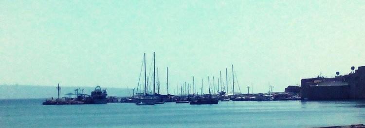 Akka, starobylé město,významný přístav a dnes taky místo, kde můžete bloumat v romantických úzkých uličkách.