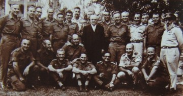 israeli_president_zalman_shazar_with_idf_general_staff