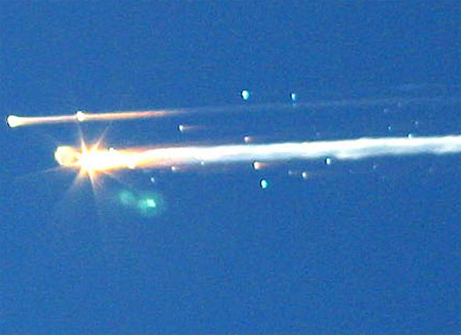 záběry trosek raketoplánu Columbia