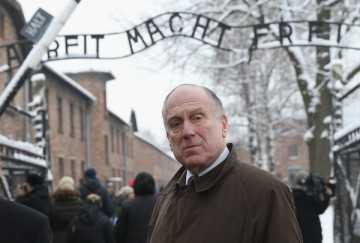 Ronald+Lauder+Auschwitz+Prepares+70th+Anniversary+asQEphJ6vsll