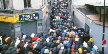 1480309_3_2020_les-prieres-de-rue-dans-le-quartier-de-la