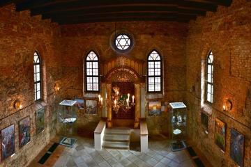 Rabínský dům a Synagoga Polná (Facebook)