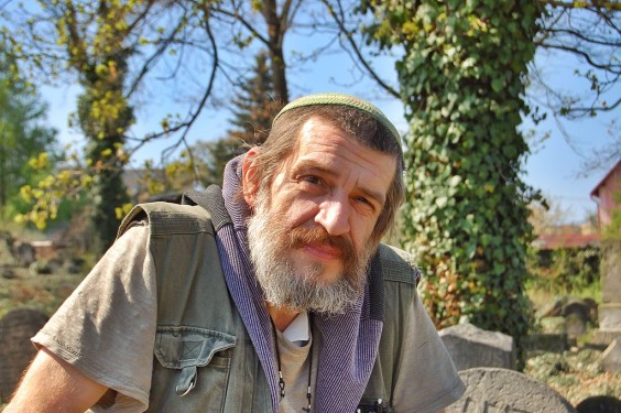 Jaroslav_Achab_Haidler,_Jewish_cemetery_in_Sobědruhy_02