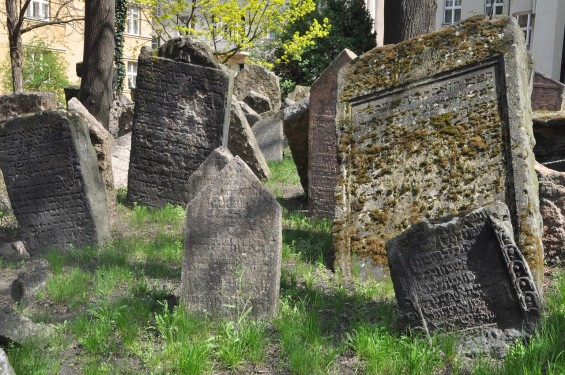 jewish-cemetery-3328949_1280